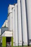 вертикаль тележки зерна лифта Стоковые Изображения
