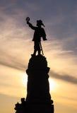 Вертикальный силуэт Самюэля de Champlain& x27; статуя s на этап Nepean стоковые фото