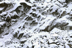 Вертикальный утес в снеге Стоковое Изображение RF
