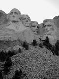 Вертикаль Mount Rushmore черно-белая Стоковые Изображения