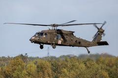 Вертолет перехода Sikorsky UH-60 Blackhawk армии Соединенных Штатов Стоковое фото RF