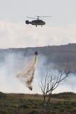 вертолет пожара бой Стоковые Фото