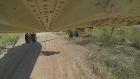 Вертолет Mi 26 делает посадку в лесе видеоматериал