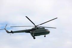Вертолет во время военного парада Стоковые Фото
