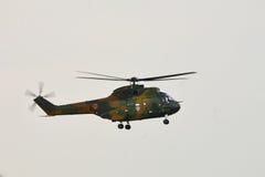 Вертолет ПУМЫ SA 330L на СМЕЩЕНИИ 2015 Стоковое Изображение