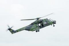 Вертолет NH90 полета немецкой армии Стоковое Фото