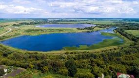 Верхнее viev пруда в центральном районе в России стоковые изображения