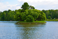 Верхние пруд и остров в Tsaritsyno на Москве, России Стоковые Фотографии RF