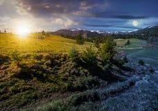 Верхние части Snowy carpathians в весеннем времени Стоковая Фотография
