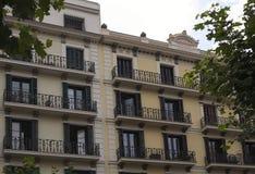 Верхние этажи жилого дома в Барселоне Стоковая Фотография RF