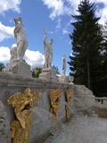 Верхний уровень ` Peterhof горы ` фонтана золотого Стоковое Фото