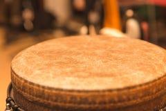 Верхняя часть барабанчика руки Djembe Стоковое Изображение RF