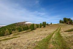 Верхняя часть башни радиосвязей репитера гор Стоковая Фотография RF