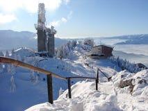 верхняя часть горы снежная стоковые изображения rf