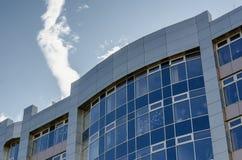 Верхняя часть здания нет голубого неба здания Стоковые Изображения RF