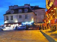 Верхняя часть Парижа - Montmartre на ноче Стоковая Фотография RF
