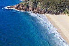 Верхняя часть песка пляжа океана стоковое фото