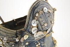 верхняя часть повелительниц джинсовой ткани модная Стоковое Фото