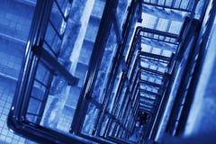 верхняя часть stairway случая старая спиральн Стоковое Изображение RF