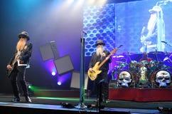 Верхняя часть ZZ выполняет в концерте стоковое изображение
