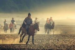 Верховая езда в горе Bromo стоковое изображение