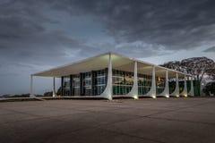 Верховный Суд Бразилии - трибунал Supremo федеральный - STF на ноче - Brasilia, Distrito федеральном, Бразилии стоковое фото rf