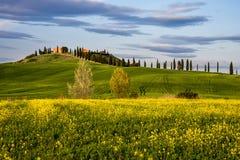 Весеннее время в Провансали Сиены, Тосканы Стоковое фото RF