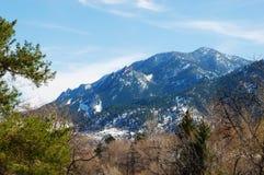 весеннее время горы сценарное снежное Стоковая Фотография