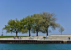 Весеннее время на прибрежной полосе озера Стоковая Фотография