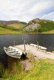 2 весельной лодки молой, Snowdonia Стоковое Фото
