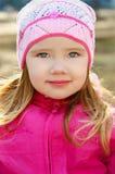 весна портрета девушки дня немного outdoors Стоковые Изображения RF