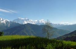 весна mt annapurna стоковая фотография rf