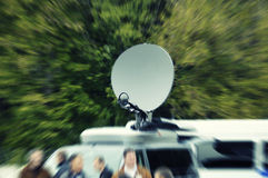 весточки движения нерезкости преднамеренные перевозят tv на грузовиках Стоковая Фотография RF
