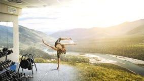Весьма практика йоги Мультимедиа стоковые изображения rf