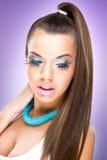 Весьма роскошная модель состава. Красивая женщина с здоровыми волосами и кожей Стоковое Изображение RF