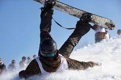 весьма сноубординг падения Стоковая Фотография