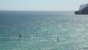 Весьма kitesurfing в Испании сток-видео