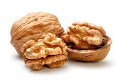 Весь грецкий орех и половинная часть грецкого ореха Стоковое Фото