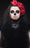 весь день одеваемые души роз поднимают женщину Стоковое Фото