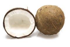 Весь кокос и половинный кокос Стоковые Изображения RF
