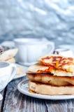 Весь пирог тыквы с чаем Стоковое Фото