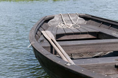 Весла и шлюпка Стоковое Фото