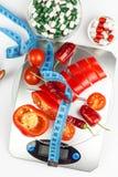 Вес кухни с прерванным перцем Диетическая часть овощей диетпитание строгое Стоковые Фотографии RF