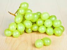 Ветвь зеленых виноградин Стоковое Изображение