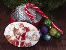 Ветвь подарочной коробки и ели рождества Стоковое Изображение RF