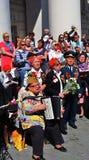 Ветераны войны поют песни войны на квадрате театра в Москве Стоковое Изображение
