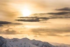 ветер захода солнца шторма абстракции стоковые фото