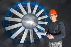 ветер тоннеля инженера стоковые фото