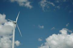 ветер турбины альтернативной энергии дня солнечный Стоковая Фотография