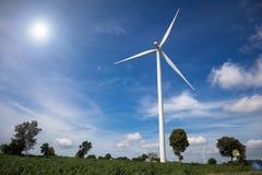 ветер турбины источника фермы альтернативной энергии Стоковые Изображения RF